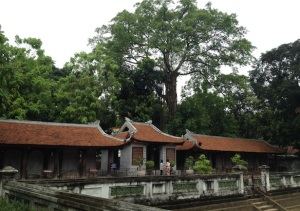 Temple of Literature alias Kuil Sastra di Hanoi